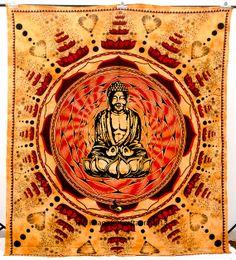 Et kunstværk som er oplagt i Center-området både pga. dets motiv(buddha), form (firkantet)  og farver (brun/gul/orange).  Meditation Buddha Tapestry
