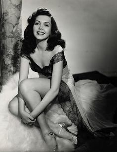 Gorgeous and talented Ann Miller... Fastest tap dancer ever! 500 taps per minute.