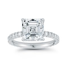 Sharing the latest in engagement ring trends with Marisa Perry. The hottest trends in engagement rings and traditional styles that are here to stay. Engagement Rings 4 Carat, Beautiful Engagement Rings, Beautiful Rings, Bridal Rings, Wedding Rings, Wedding Bells, Wedding Stuff, Dream Wedding, Wedding Ideas