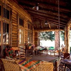Want to experience the goodness of living in a country-style house and away from the city, and if you love hands-on, log cabin kits is the solution. Log Cabin Kits, Log Cabin Homes, Log Cabins, Mountain Cabins, Mountain Living, Mountain Homes, Design Your Home, House Design, Cabin Porches