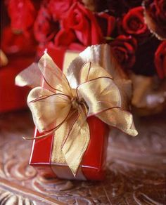 <<<< Christmas ~ Present >>>> from the one I love . . . .