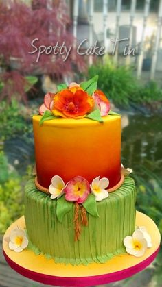 Hawaiian theme cake More