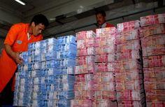 Rupiah hari ini kembali menguat 0,05 persen ke level Rp9.701 per dolar AS » Bisnis Aceh
