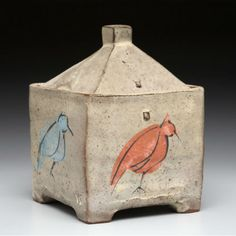 Branum hut with birds 540