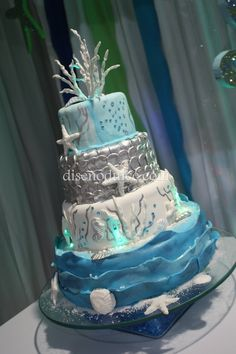 under the sea cake by alhely Ocean Cakes, Beach Cakes, Themed Wedding Cakes, Themed Cakes, Pretty Cakes, Beautiful Cakes, Quinceanera Cakes, Quinceanera Ideas, Quince Cakes