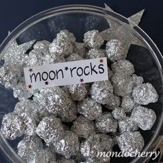 Artsy Craftsy Mom: 20 ideas for a Fabulous Outer Space Party Party Favors, Cereal, Favors, Sweet Jars, Corn Flakes, Breakfast Cereal, Boutique Bows