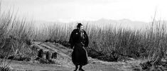 Yojimbo Entry Scene and Toshiro Mifune [720p]