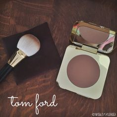 Poppin' Cheekbones with Tom Ford (Bronzer in 'Terra' and Bronzer Brush) | Well-Taylered