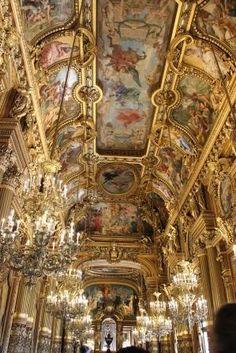 Opéra Garnier à Paris Paris, Carousel, Fair Grounds, Travel, France Travel, Montmartre Paris, Viajes, Paris France, Destinations