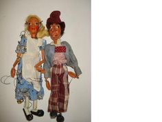 Pelham Puppet Alice in Wonderland and The Mad Hatter 2