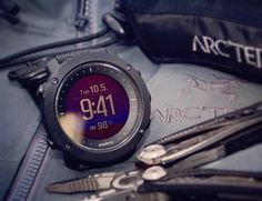 Specific features have been included for those who love fishing and hunting that includes moon phase calendar, shot detection, sunrise alert, weather trend, and red backlight for nighttime use.