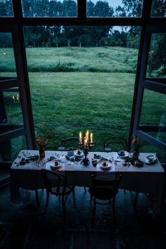the art of slow living Vida Natural, Home Decoracion, Outdoor Dining, Outdoor Decor, Indoor Outdoor, Interior And Exterior, Interior Design, Slow Living, My Dream Home