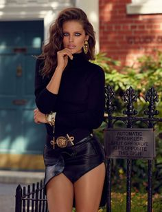 Emily DiDonato photographed by Miguel Reveriego for Vogue Spain October 2014