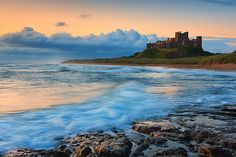 Discover the spectacular Northumberland Coast Path on a self-guided walking holiday with award-winning specialists. Beautiful World, Beautiful Places, Northumberland Coast, Walking Holiday, Famous Castles, Scotland Travel, Scotland Trip, The Places Youll Go, Pretty Pictures
