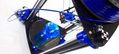 El equipo de desarrollo de RepRapBCN acaba de lanzar su último producto, la impresora 3D de tipo delta BCN3DR. Tras nueve meses de desarrollp, la nueva impresora 3D BCN3DR está siendo presentada en sociedad en el Zaragoza Maker Show 2014.