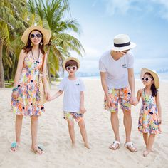 ==> [Free Shipping] Buy Best Family Matching Outfits Father Mother Daughter Son Summer Floral Print Beach Dresses Family Look Dress Kids Clothes Set Online with LOWEST Price | 32808236154