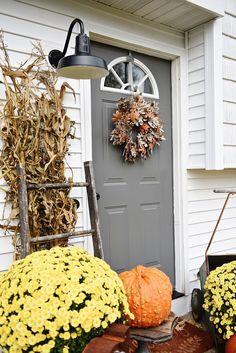 Simple Fall Stoop & Front Door Makeover -