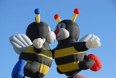 "Balloon Fiesta - last seen in 2015, the ""Kissing Bees""."