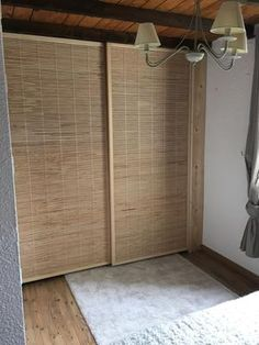 Mode fermé Diy Closet Doors, Sliding Curtains, Small Apartment Design, Simple Interior, Creative Walls, Diy Home Decor Projects, Loft Spaces, Home Furniture, Sweet Home