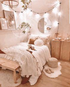 Cute Bedroom Decor, Bedroom Decor For Teen Girls, Cute Bedroom Ideas, Room Ideas Bedroom, Stylish Bedroom, Bedroom Inspo, Dream Bedroom, Cozy White Bedroom, Teenage Bedroom Decorations