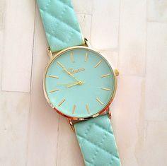 Aliexpress.com  Comprar Nueva moda de cuero correa relojes de ginebra  relojes mujer vestido 3e58cc4f9e