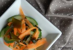 Fiona's Japanese Cooking: Cucumber, carrot & wakame (seaweed) salad