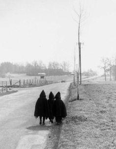 "WILLY RONIS ""On va à l'école"", Lorraine, 1954."