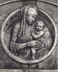RT @D_ArtNinja: #Donatello Madonna del Perdono #Siena #Tuscany #art #sculpture #artninja #enjoythecommunity https://t.co/7Lq6eghSa3 https://t.co/HvCiabv13W