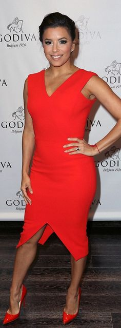 Eva Longoria: Dress – Victoria Beckham  Shoes – Christian Louboutin