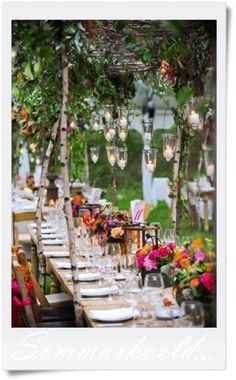 Vakkert bord for sommerfesten