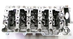 Refurbished / Reconditioned Bare Cylinder Head LDF 109930 / HRC 2880 Engine Codes 15P / 16P / 10P For LANDROVER TD5 2.5 DIESEL DISCOVERY DEFENDER LAND ROVER Mechanic Shop, Engine Rebuild, Lifted Ford Trucks, Ford Raptor, Jeep Wrangler Unlimited, Cylinder Head, Car Engine, Koenigsegg, Bugatti Veyron