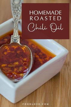 Lately I'm in love with Sichuan-style roasted chili oil – a little obsessed, in fact. Roasted chili oil (or toasted chili oil) has a complex, toasted chili flavor that's mellow and not acidic. #chilioil #easyrecipes #foodlove Easy Recipes, Vegan Recipes, Easy Meals, Most Popular Recipes, Favorite Recipes, Love Food, A Food, Vegan Dressings, Chili Oil