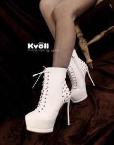wholesale Ladies fashion boots stud personalized vogue high heeled shoes X54962