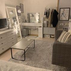 Bedroom Setup, Room Design Bedroom, Room Ideas Bedroom, Home Room Design, Small Room Bedroom, Home Decor Bedroom, Teen Bedroom, Cute Room Decor, Minimalist Room