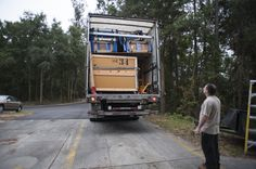 A semi-truck arrived on Jan. 14 containing Sue exhibit items. Florida Museum of Natural History photo by Jeff Gage