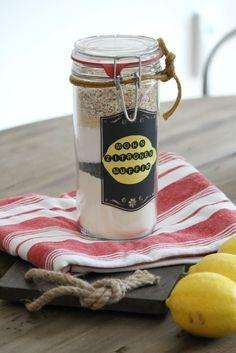 Mix for Poppy Seed -Lemon-Muffins // Backmischung für Mohn-Zitronen-Muffins