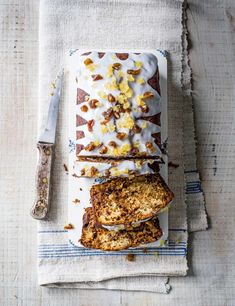 Date and Ginger Loaf Recipe Check out our easy tea loaf with juicy dates and fiery ginger. This moreish cake recipe is easy to make and packed with plenty of flavour - perfect with an afternoon cuppa Loaf Recipes, Baking Recipes, Cake Recipes, Tea Loaf, Pecan Cake, Sticky Toffee, Food Processor Recipes, Sweet Treats, Desserts