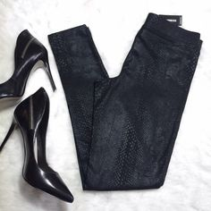 Express Black Snakeskin Print Leggings Brand new with tags, in perfect condition, and so chic! I am wearing a size M in the last pic. Please ask if you have any questions. Bundle and Save Express Pants Leggings