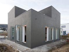 Imagen 6 de 27 de la galería de Casa 9,74 x 9,74 / f m b architekten. Cortesía de f m b architekten