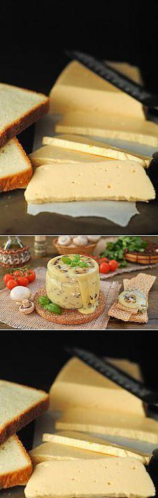 Такой сыр не купишь ни в одном магазине! Рецепт самого вкусного плавленого сыра   Golbis Вам понадобится:      500 гр творога (домашний творог)     2 яйца     2-3 ст.л сметаны (желательно домашняя)     соль по вкусу (примерно 1 ч.л без горки)     1 ч.л соды (не полная, без горки)     петрушки 5 веточек (можно укроп, мелко нарезанный)     200 гр грибов (шампиньоны)