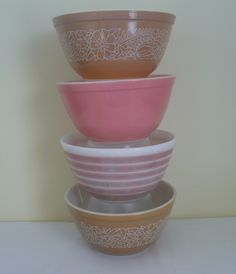 Vintage Pyrex Mixing Bowls #402 . . . . My Collection!