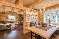 Найти Vegglifjell - Rusthøgda - большой бревенчатый дом с 2 приложения, видами и недалеко от плато. Фантастический круглый год пешие прогулки и всю дорогу