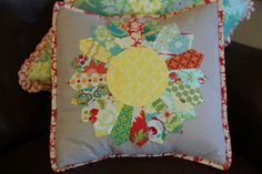 Dresdan Plate pillow cover {Made by the lovely Amber of StrawberryLn.blogspot}