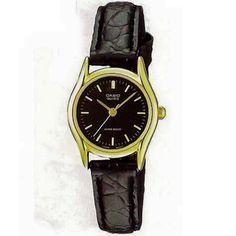 Casio Vintage piel LTP1094Q1ARDF $450. • Resistente al agua  • Correa de cuero auténtico Cristal mineral Resistente al agua Material de la caja / del bisel: Pd dorado Extensible de cuero genuino Analógica: 3 agujas (hora, minuto, segundo) Precisión: ± 20 segundos por mes Aprox. de la pila: 3 años en el modelo SR626SW Tamaño de la caja: 28.5 × 23 × 7.1 mm Peso total: 18 g Casio Vintage, Watches, Leather, Accessories, Fashion, Model, Real Leather, Crystals Minerals, Bezel Ring