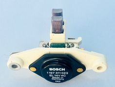NEW ORIGINAL MERCEDES-BENZ GERMANY VOLTAGE REGULATOR INTERNAL-TYPE IN THE ALTERNATOR-BACK REAR SECTION. WITH TWO SCREW. LONG BRUSH TYPE. ORIGINAL MERCEDES