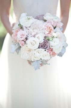 25 stunning wedding Bouquets - Part 13 by Belle The Magazine