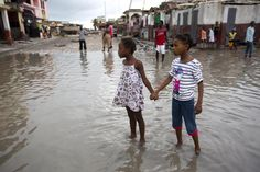 Hurricane Matthew: In Haiti the death toll stands at 842 but the US media does not seem to care. Four minutes before 10am on Friday morning, the Reuters news agency provided an update on the death toll in Haiti. At a minimum, the news agency said, 572 people had lost their lives as a result of Hurricane Matthew.