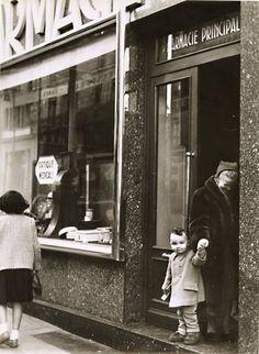 ♥ Robert Doisneau ♥ At the Pharmacy, Paris 1950s