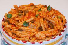 Pasta con pescespada all'agghiotta, una ricetta tradizionale siciliana facile e gustosissima #estate1014