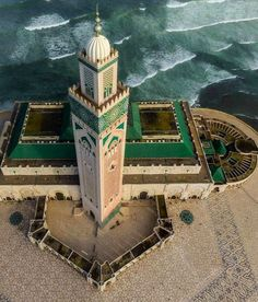 The Hassan II Mosque in Casablanca, Morocco Visit Morocco, Morocco Travel, Mosque Architecture, Art And Architecture, Hassan 2, Mecca Islam, Moroccan Art, Beautiful Mosques, Islamic World